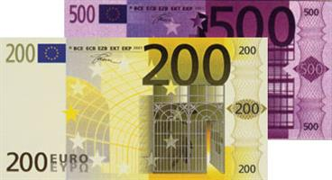 Photo of 200 and 500 euro banknotes